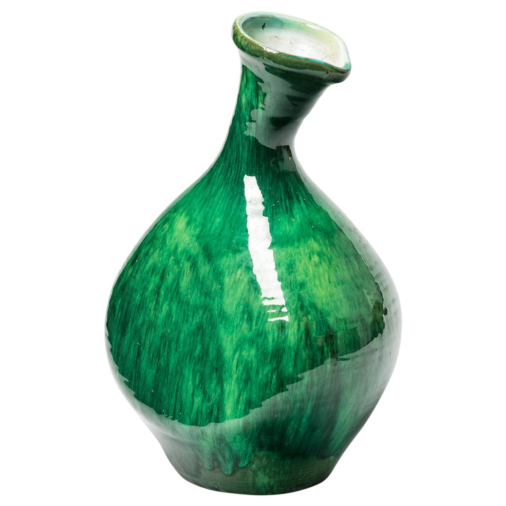 Green and White Free Form Ceramic Vase circa 1950 French Design Style of Madoura