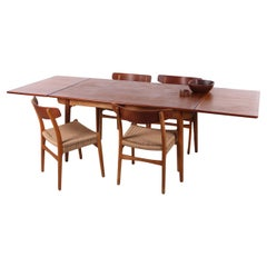 Set of 4 Hans Wegner Dining Room Chairs Model CH23 and XL Teak Dining Table