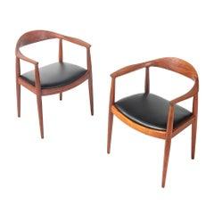 "Hans Wegner JH503 ""The Round Chair"" in Teak & Black Leather"