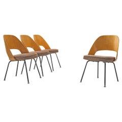 Eero Saarinen for Knoll International Set of Four Chairs Model 72