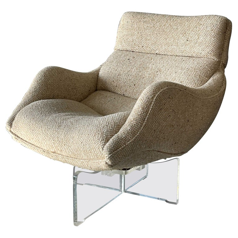 Vladimir Kagan Cosmos lounge chair, ca. 1975, offered by Ponce Berga
