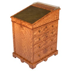 19th Century Late English Regency Satinwood Davenport Attributed to Gillows