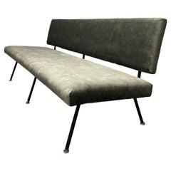 Rare No. 33 Sofa by Florence Knoll
