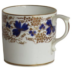 Regency Derby Porcelain Coffee Can hand painted in Trailing Vine Patn, Ca 1825