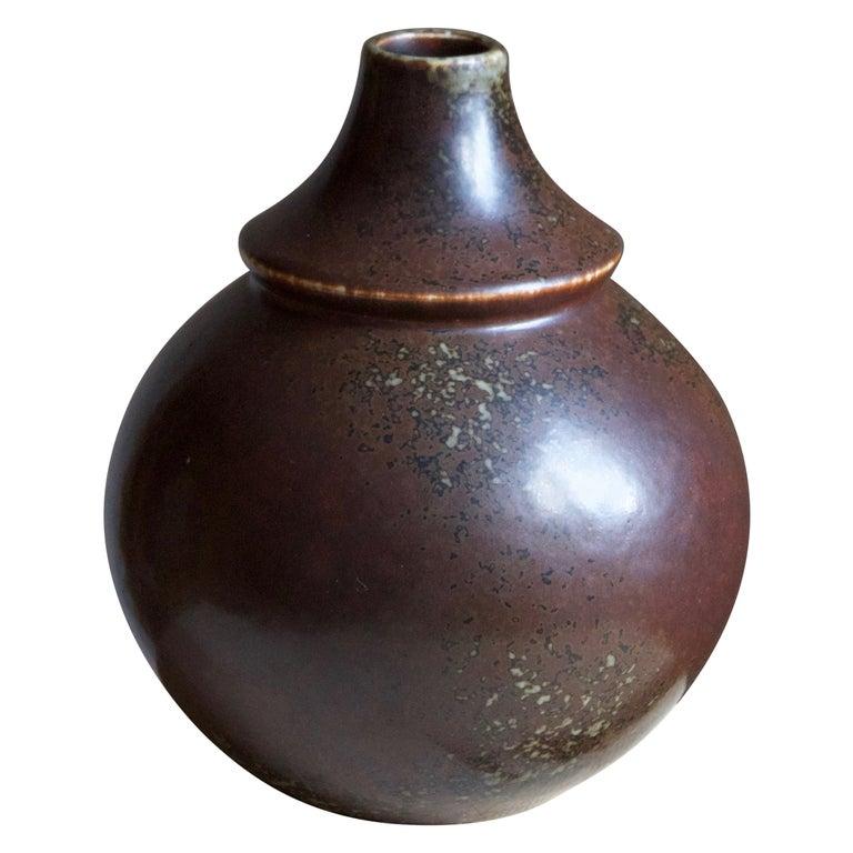 Margot Öjemark Wiijk, Freeform Vase, Glazed Stoneware, Rörstrand, Sweden, 1960s For Sale