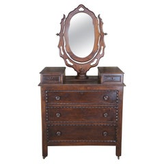 Victorian Commodes and Chests of Drawers