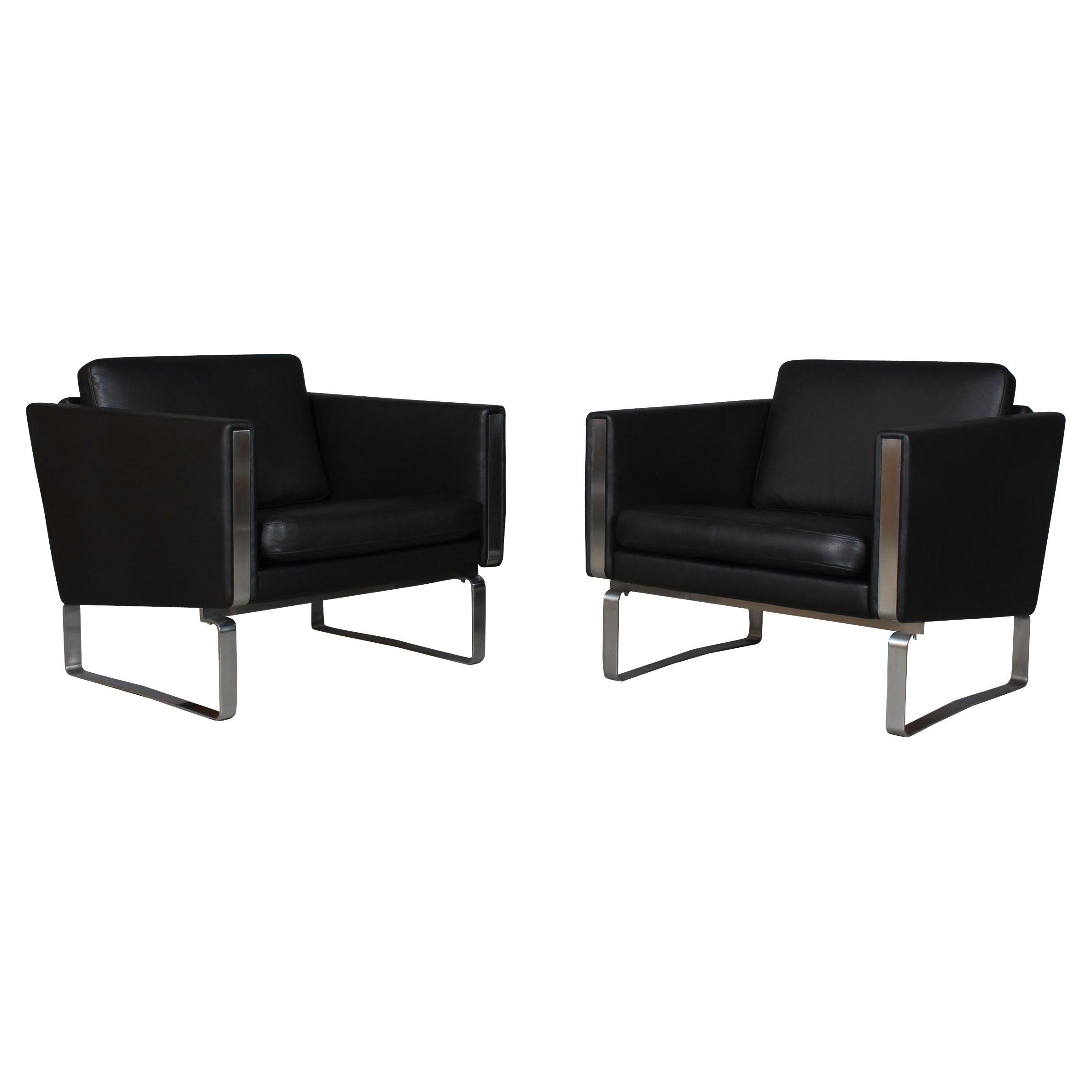 Hans J. Wegner Pair of Lounge Chairs, Model JH-101