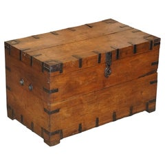 Antique circa 1900 Oak & Iron Zink Lined Steamer Travel Trunk Ideal Coffee Table