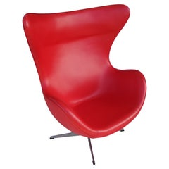 Contemporary Red Lounge Chair