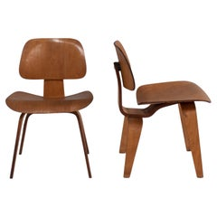 Charles & Ray Eames for Herman Miller Plywood DCW Dining Chairs, 1950s Set of 2