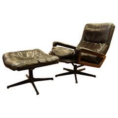 Mid-Century Modern Black Leather Lounge Chair & Ottoman Set 1970s