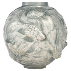 1924 René Lalique Formose Vase in Frosted Glass with Blue Patina, Fishes