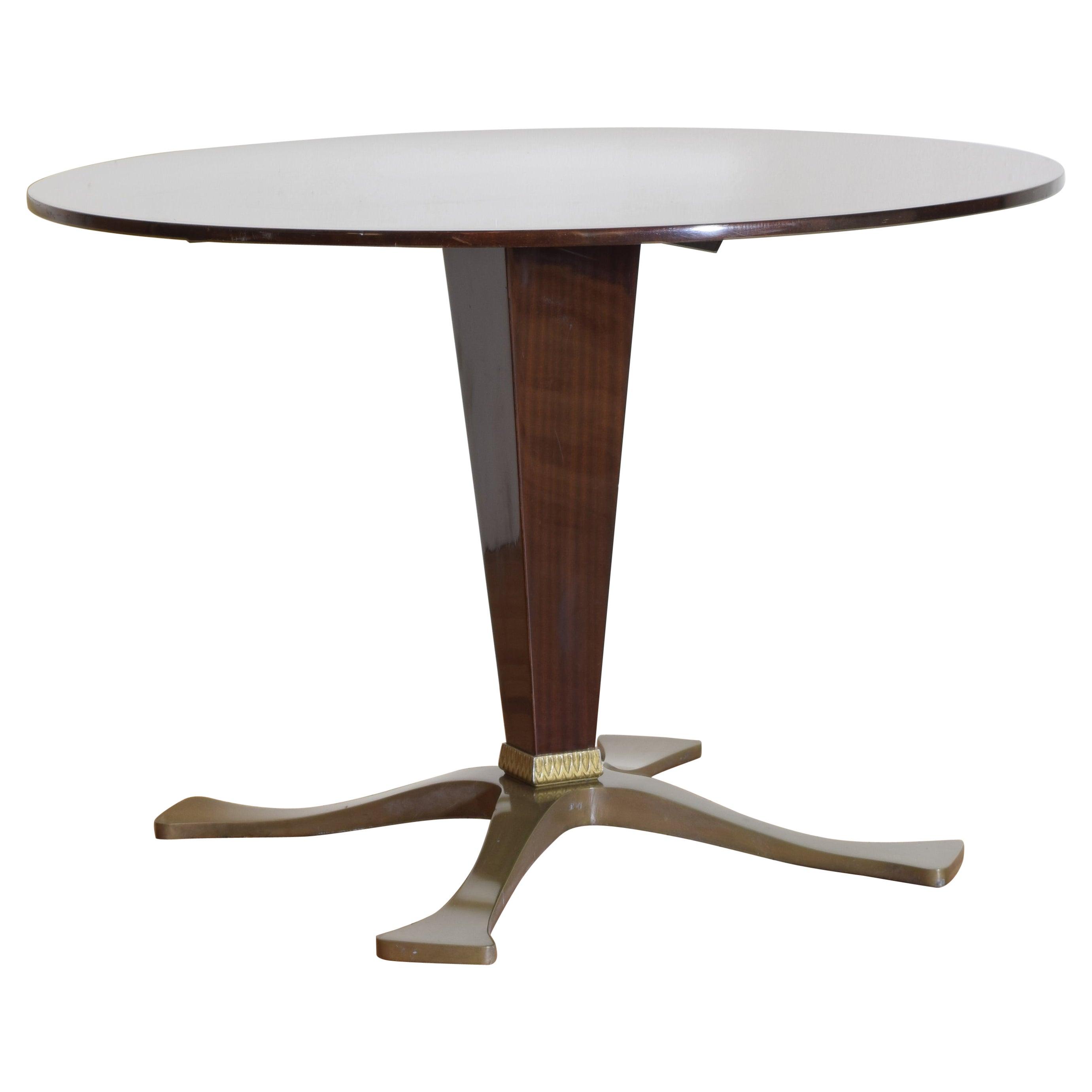 Italian Rosewood Mid Century Round Pedestal Dining Table