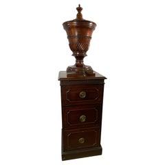George III Mahogany Wine Cistern on Pedestal