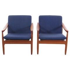 Mid-Century Modern Pair of Lounge Chairs in Teak by Skive Møbelfabrik