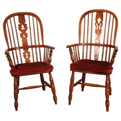 Near Pair of English Windsor Armchairs from the 19th Century