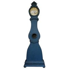 Mora Clock with Floral Crest
