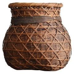 Japanese Bamboo Knitting Antique Flower Bas / Bamboo Vase /Wall Decoration