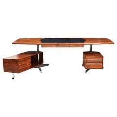 Presidential Style Desk Attributed to Osvaldo Borsani for Tecno