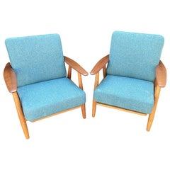 Pair of Oak and Teak Cigar Chairs Model GE240 by Hans J. Wegner for GETAMA