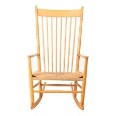 Wegner J16 Rocking Chair in Oak