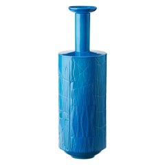 Vaso C Blu Unicolore by Bethan Laura Wood