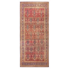 Antique Kerman Persian Rug. Size: 5 ft 3 in x 11 ft 7 in (1.6 m x 3.53 m)