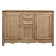 Early 19th Century Country French Buffet in Stripped Oak