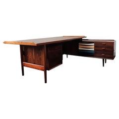 Executive Desk in Rosewood by Arne Vodder for Sibast Møbelfabrik, Denmark 1950's