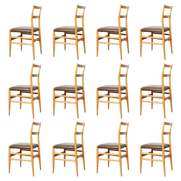 Set of 12 Leggera Dining Chairs in Ash Wood and Leather by Gio Ponti for Cassina For Sale