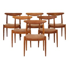 Set of Six Diningchairs by Hans J. Wegner