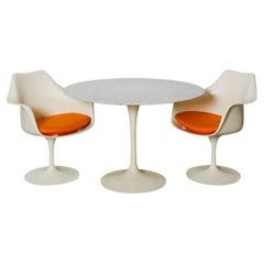 1970s Authentic Eero Saarinen Knoll Dining Table Round