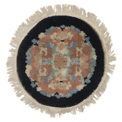 Antique Chinese Art Deco Round Rug with European Influenced Chinoiserie Style