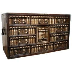 17th Century Spanish Bargueño Desk Hand Made 10-Drawer Wooden Portable Chest