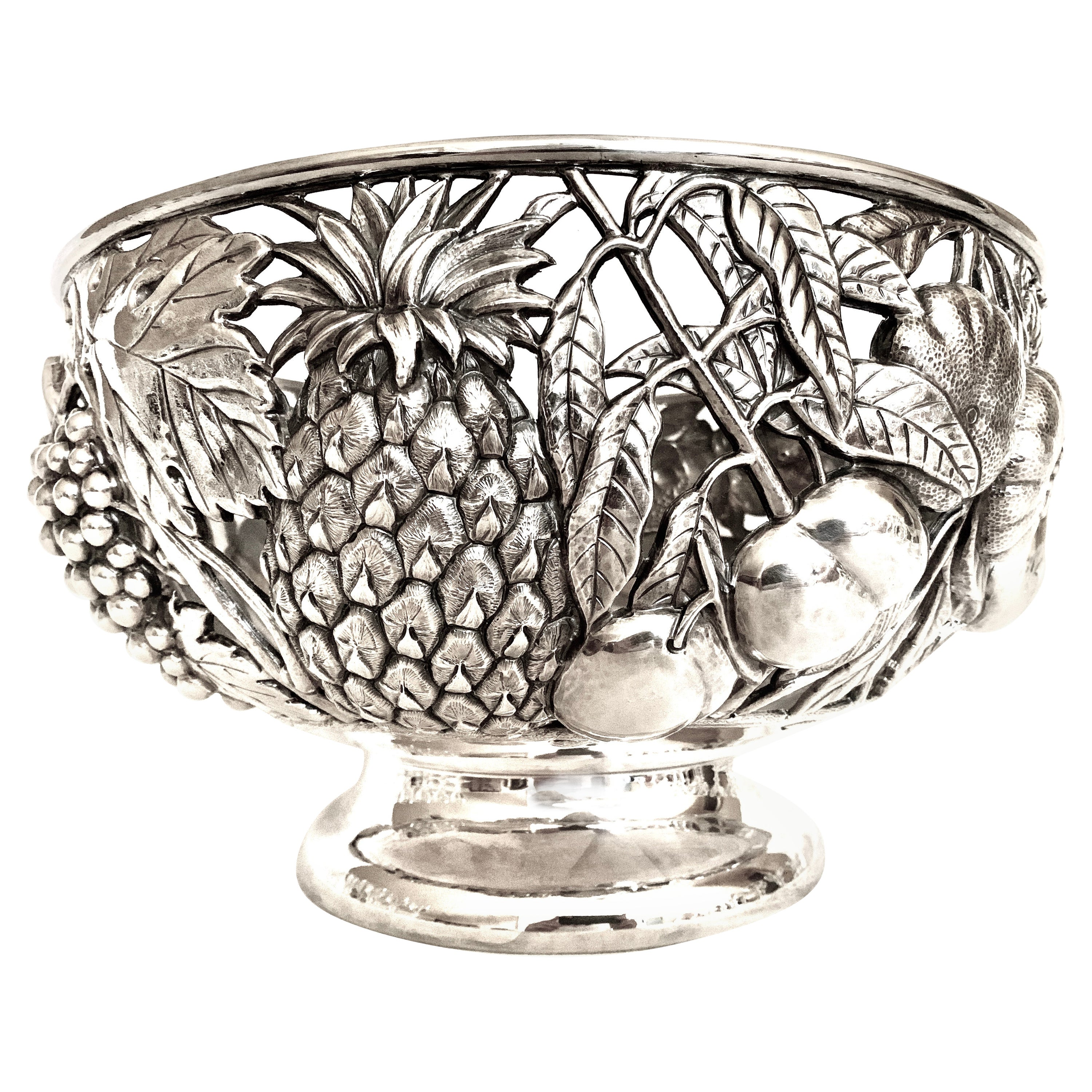Fratelli Cacchione Immense Sterling Silver Centerpiece Bowl, Milan, Italy, 1960s