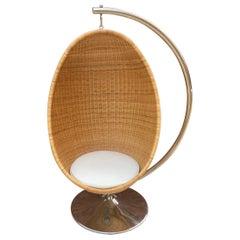 Rare Nanna Ditzel for Bonacina Pierantonio Egg Shaped Hanging Woven Cane Chair
