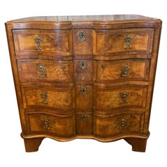Early 19th Century Burled Walnut Dressing Table with Fitted Drawer and Mirror