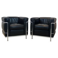 LC2 Armchairs in Leather by Le Corbusier, Pierre Jeanneret & Charlotte Perriand