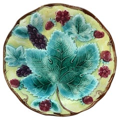 English Majolica Vine & Strawberries Plate, circa 1880
