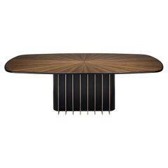GARBO Wood Dining Table