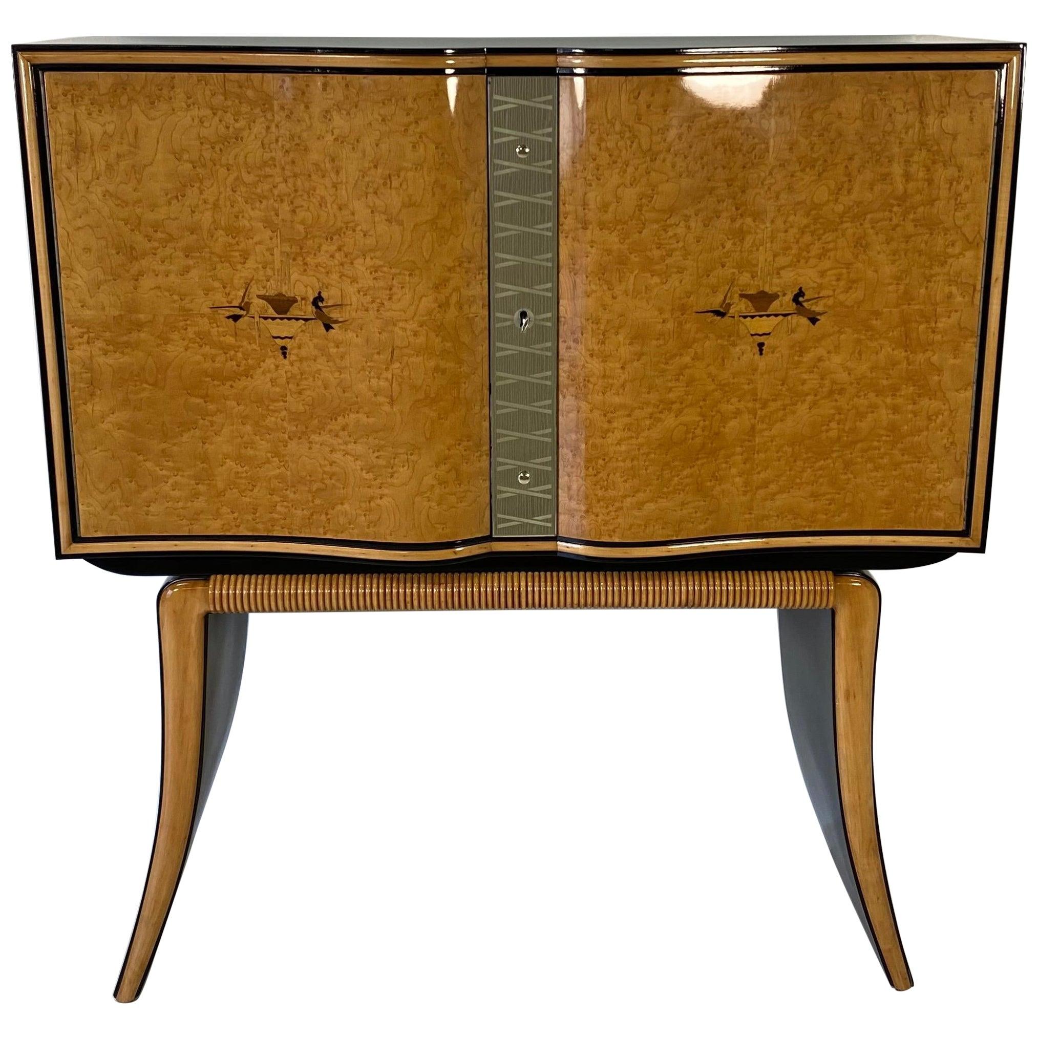 Paolo Buffa Italian Art Deco Maple and Black Lacquer Bar Cabinet, 1940s