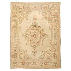 Antique Persian Tabriz Rug. Size: 9 ft 6 in x 12 ft 9 in (2.9 m x 3.89 m)