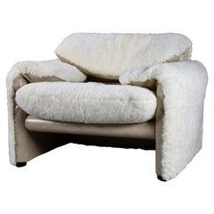 White Sheepskin Maralunga Armchair by Vico Magistretti for Cassina, Italy