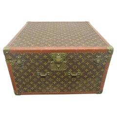 Vintage Louis Vuitton Hat Box