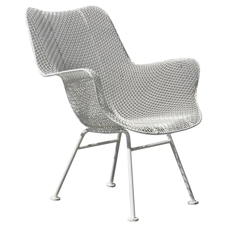 Russell Woodard Mid-Century Modern White Mesh Sculptura High Back Lounge Chair  For Sale