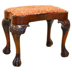 English Late 18th Century Carved Chippendale Bench with Claw and Ball feet