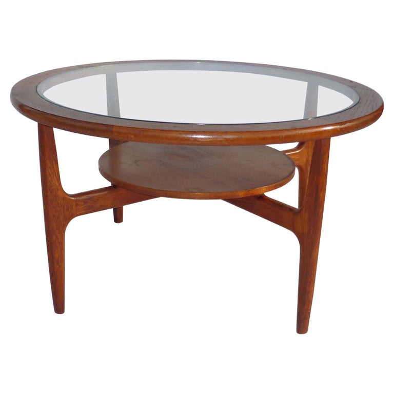 Mid Century 2-Tier Coffee Table For Sale
