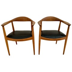 """Signed Pair of Hans Wegner """"The Chair"""" Round Chairs for Johannes Hansen"""