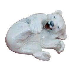 Porcelain Figurine of the Bear Roayl Copenhagen #729