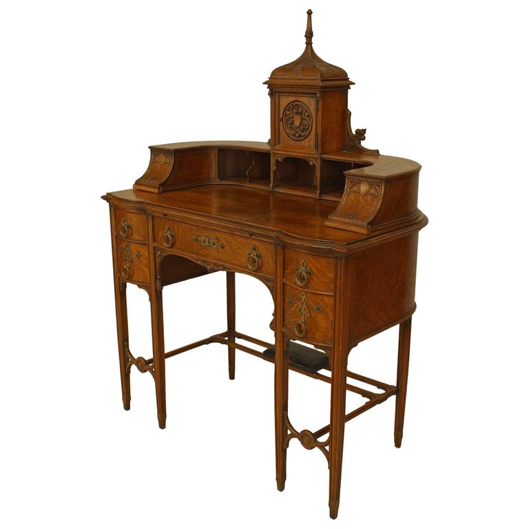 Late 19th Century American Gothic Revival Oak Carlton House Style Desk